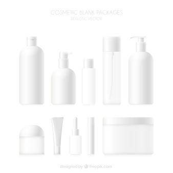Colección de productos de cosmética en blanco