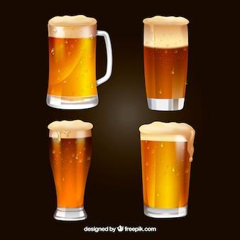 Colección realista de vasos y jarras de cerveza