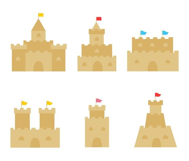 Colección de seis castillos de arena. imágenes vectoriales.