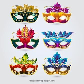 Colección de seis máscaras de carnaval coloridas