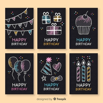 Colección de tarjetas de cumpleaños en pizarra