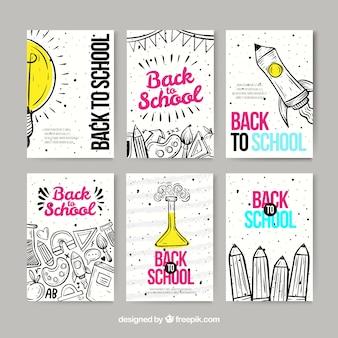 Colección de tarjetas de vuelta al cole en estilo dibujo a mano