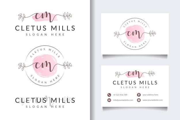 Colecciones iniciales de logotipos femeninos de cm con plantilla de tarjeta de visita