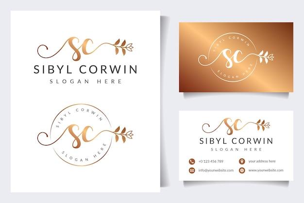 Colecciones iniciales de logotipos femeninos de sc con plantilla de tarjeta de visita