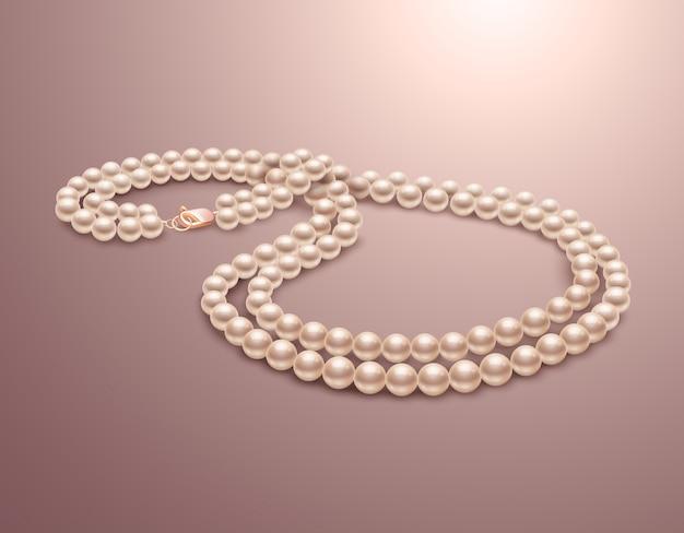 Collar precioso de perlas