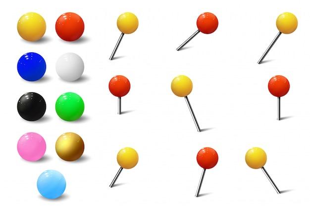 Colores de varios chinchetas, tachuelas de mapa y alfileres