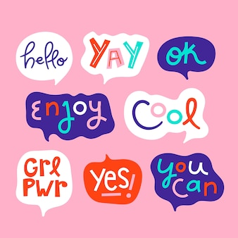 Coloridas burbujas de discurso con colección de diferentes expresiones