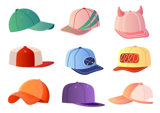 Coloridas gorras de béisbol en fondo blanco
