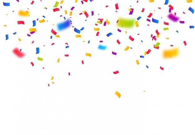 Coloridas piezas de confeti brillante aislado fondo blanco.