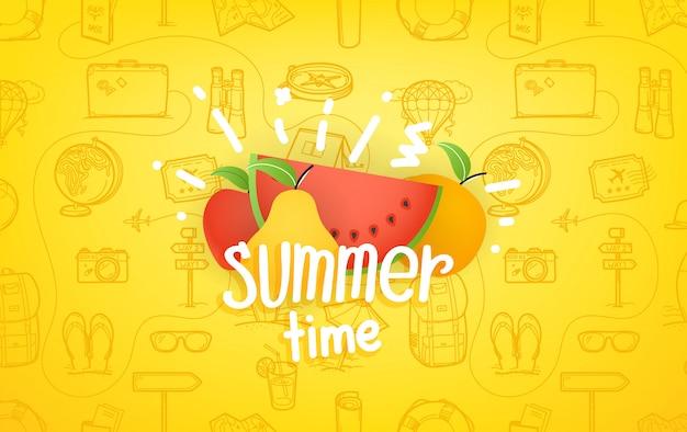 Composición con frutas de verano y letras logo.