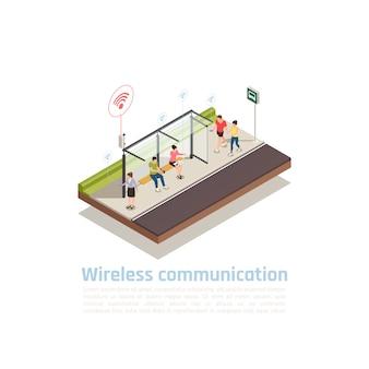 Composición isométrica de comunicación inalámbrica con personas que utilizan dispositivos para la conexión a internet en una parada de transporte público equipada con wifi