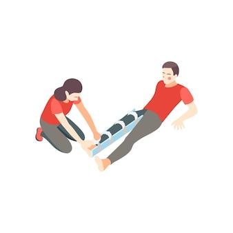 Composición isométrica de los pasos de primeros auxilios con la mujer entablillando la pierna lesionada de la ilustración del hombre acostado