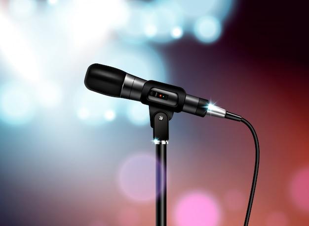 Composición realista de concierto de micrófono profesional con imagen de micrófono vocal montada en soporte con fondo borroso colorido