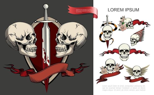 Composición de símbolos de tatuaje dibujados a mano con diferentes cráneos humanos, flores color de rosa, cintas rojas, serpientes alrededor de espada, daga en sangre, ilustración