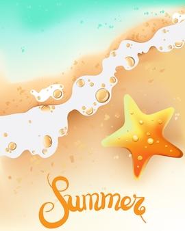 Composición de verano con orilla del mar y estrella de mar