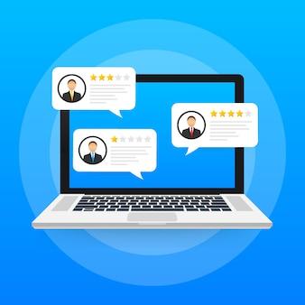 Computadora portátil con mensajes de calificación de revisión del cliente, pantalla de computadora portátil y revisiones en línea o testimonios de clientes, concepto de experiencia o comentarios.