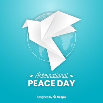 Concepto del día de la paz con paloma origami