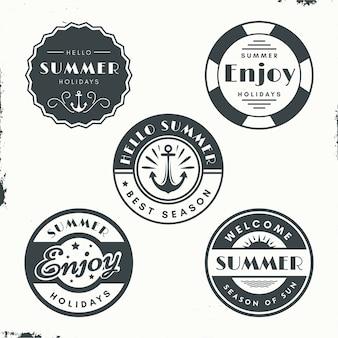 Concepto de etiquetas de verano vintage