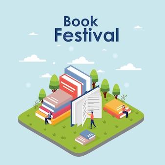 Concepto de festival de libro isométrico de una pequeña gente leyendo un libro