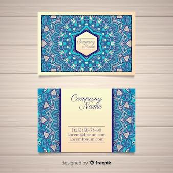 Concepto hermoso de tarjeta de visita de mandala