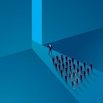 Concepto de liderazgo gerente equipo líder de trabajadores avanzando