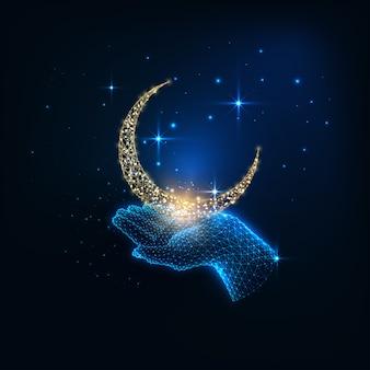 Concepto místico futurista con mano femenina poligonal baja brillante que sostiene la luna dorada