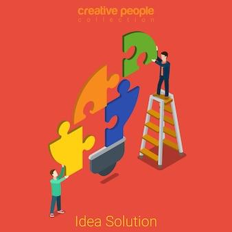 Concepto de problema plano isométrico de solución de idea hombres jóvenes que conectan piezas de rompecabezas en forma de bombilla de luz.