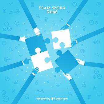 Concepto de trabajo en equipo con piezas de puzle