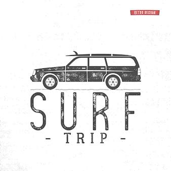 Concepto de viaje de surf insignia retro de surf de verano de vector