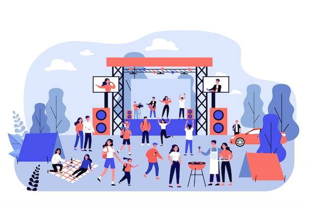 Concierto de rock al aire libre y festival de comida