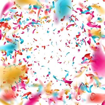 Confeti de colores sobre fondo blanco.