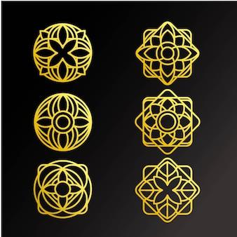 Conjunto de adornos de oro