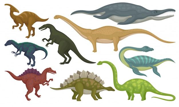 Conjunto de animales prehistóricos. dinosaurios y monstruos marinos. criaturas salvajes del período jurásico