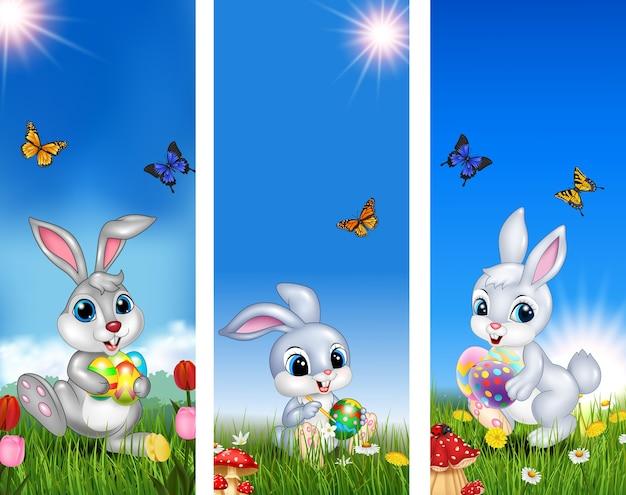 Conjunto de árbol de fondo de pascua con conejo y huevo de pascua