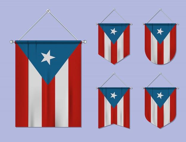 Conjunto de banderas colgantes de puerto rico con textura textil. formas de diversidad del país de bandera nacional. banderín de plantilla vertical.
