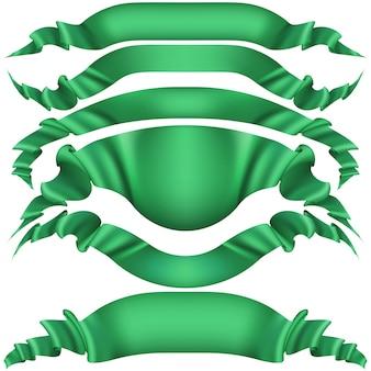 Conjunto de banderas verdes horizontales.