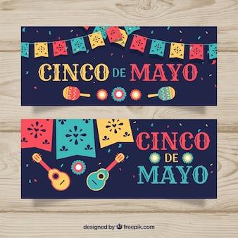 Conjunto de banners del cinco de mayo con elementos mexicanos