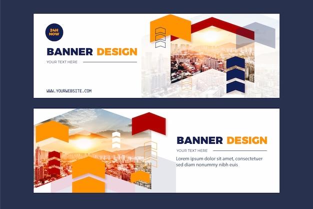 Conjunto de banners con fotos y formas.