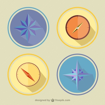 Conjunto de brújulas a color