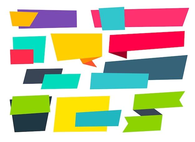Conjunto de burbujas de chat de origami vacío de estilo plano