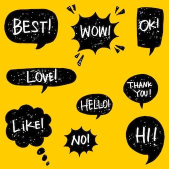 Conjunto de burbujas de discurso dibujado a mano con texto