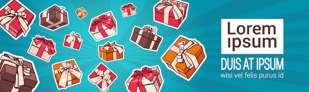 Conjunto de caja de regalo de colores, estilo pop art retro de regalos con cinta y lazo en el fondo con copia