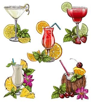 Conjunto de cinco cócteles de verano.