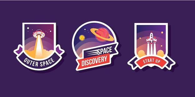Conjunto de colección exploración espacio logo conjunto con nave espacial astronauta planeta galaxia ufo parches emblemas insignias y etiquetas ilustración