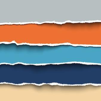 Conjunto de coloridas piezas de papel rasgado con bordes rasgados, cartón rasgado.