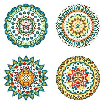 Conjunto de coloridos mandalas florales