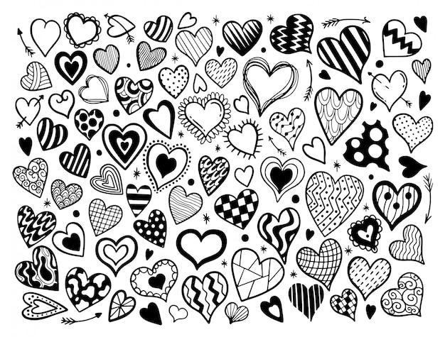Conjunto de corazón dibujado a mano.