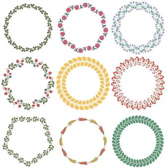 Conjunto de coronas florales decorativos