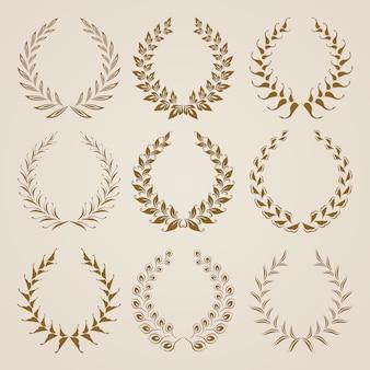 Conjunto de coronas de laurel de oro vector.