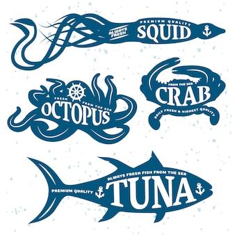 Conjunto de cotización de mariscos colocado en cuerpos de animales marinos azules aislados y coloreados